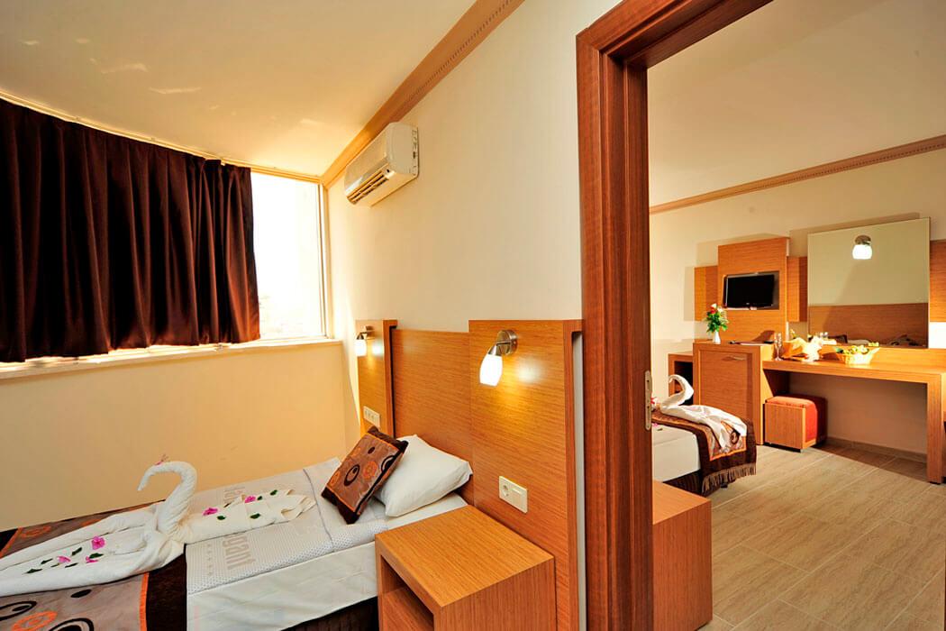 Armas prestige opis alanya turcja for Hotel pistolas