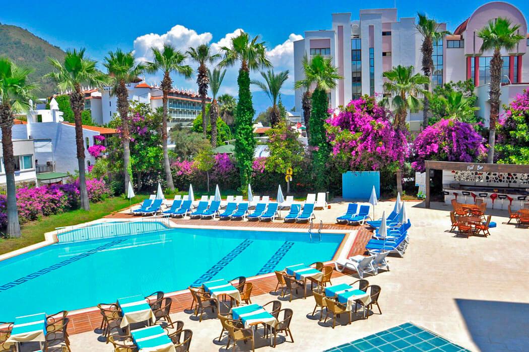 IDAS PARK HOTEL (EX. HOTEL VERDE)