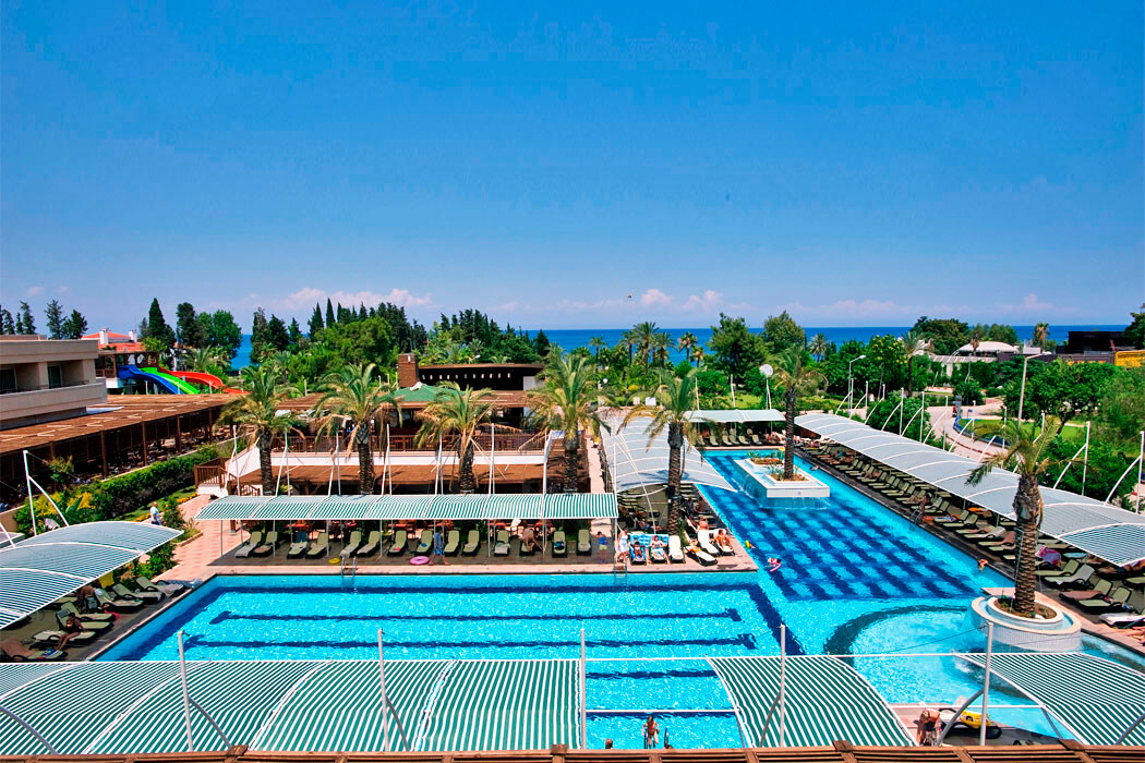 CRYSTAL HOTELS DE LUXE RESORT & SPA