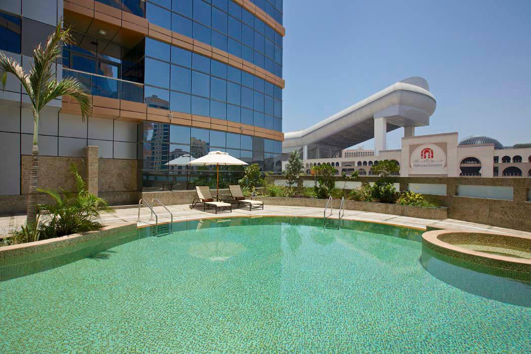DOUBLETREE BY HILTON HOTEL & RESIDENCES DUBAI AL BARSHA