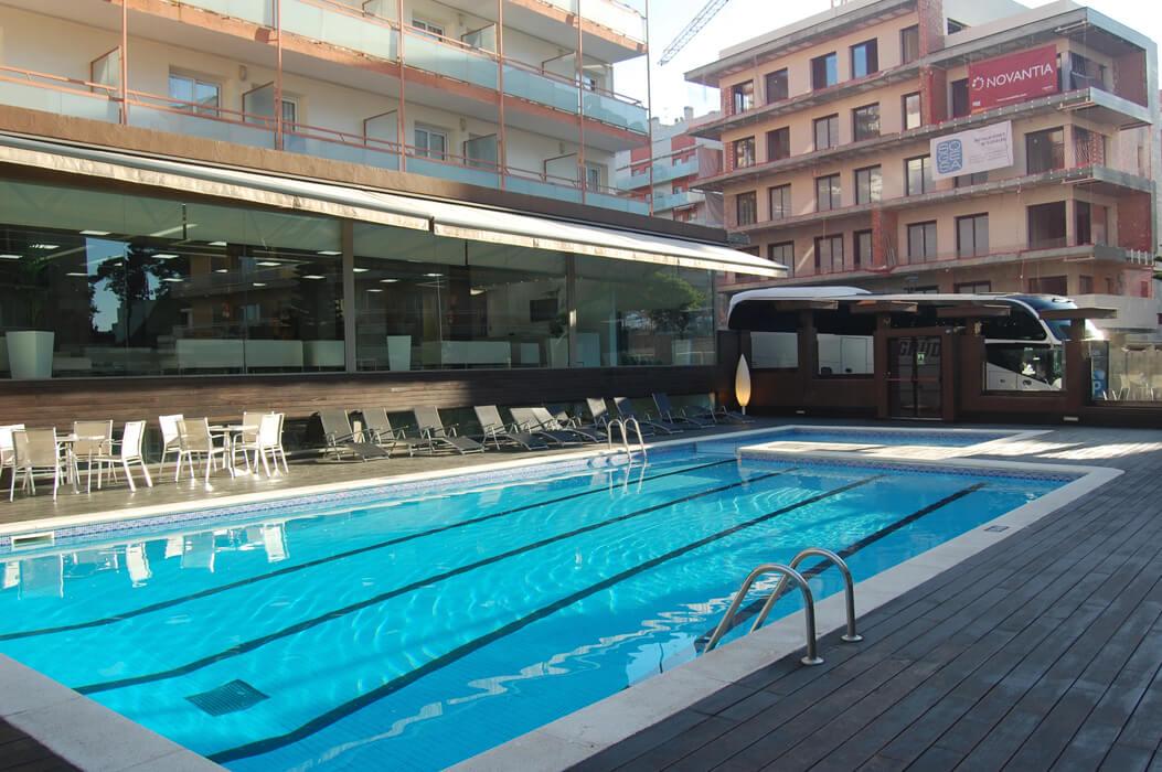Mariner Hotel - basen