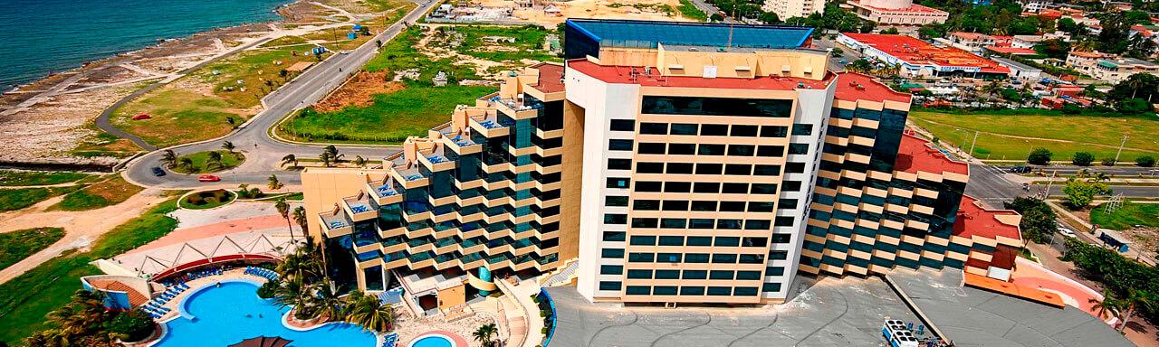 Hotel - zdjęcie główne