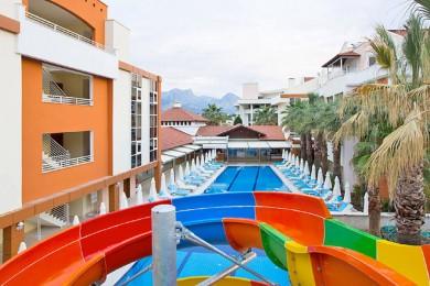 MAYA WORLD MOONLIGHT (Ex. Iko Garden Resort)